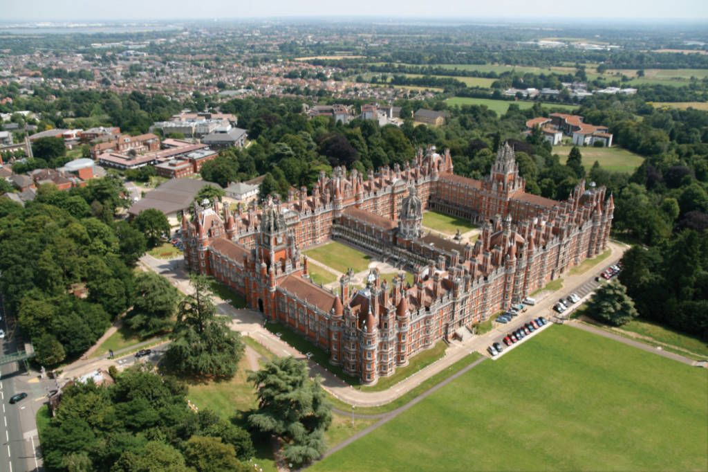 Aerial photograph of Royal Holloway campus and Founders Building
