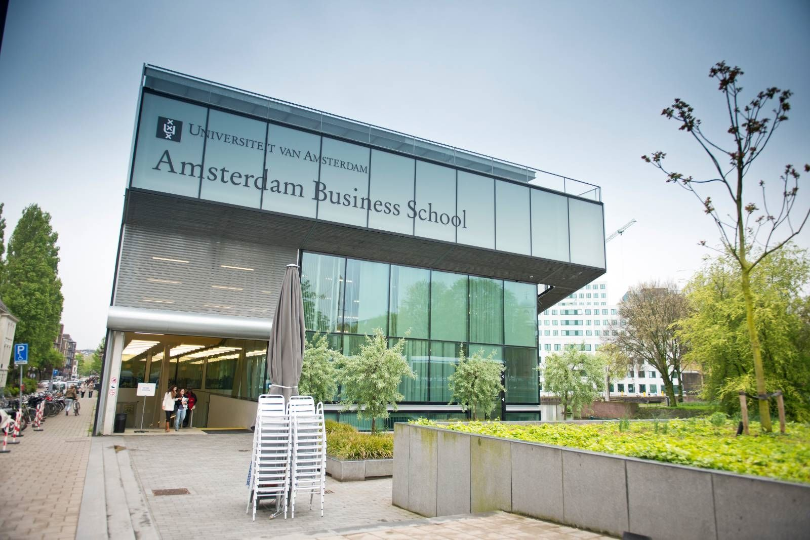 Oncampus Amsterdam A Modern University With A Rich History